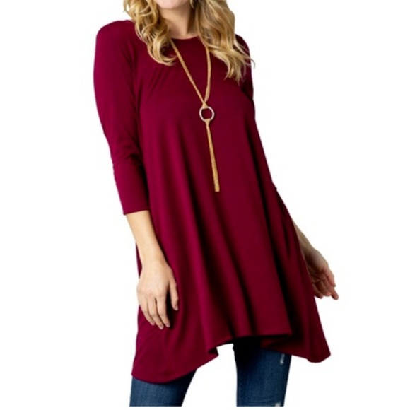 Acting Pro Tops - Women's Solid Trapeze Knit Tunic with Pockets